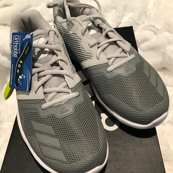 adidas scarpe nuove di zecca con tag e scatola poshmark